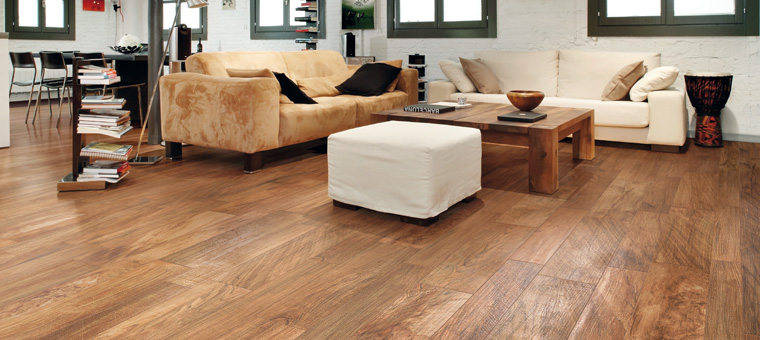 Tendance 2012 le carrelage imitation bois parquet for Carrelage parquet imitation