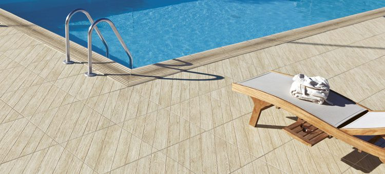 Carrelage piscine Woodays Out