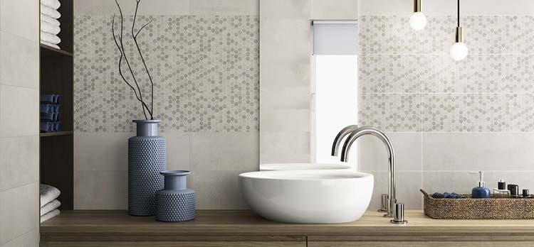 Mosaïque dans la salle de bains image d'ambiance