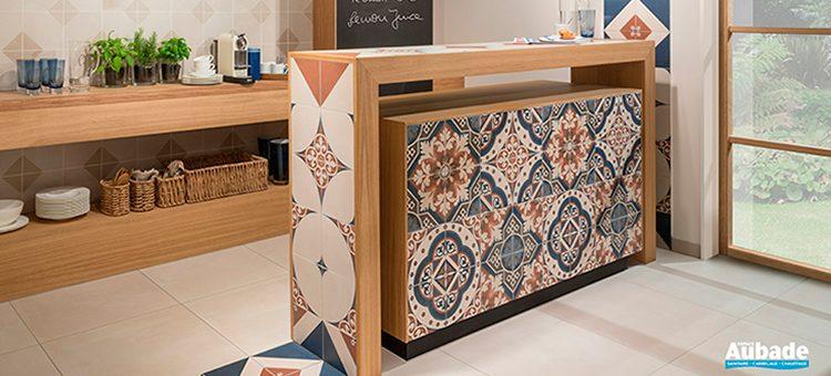 revetement mural cuisine cheap carrelage with revetement mural cuisine adhesif carrelage mural. Black Bedroom Furniture Sets. Home Design Ideas