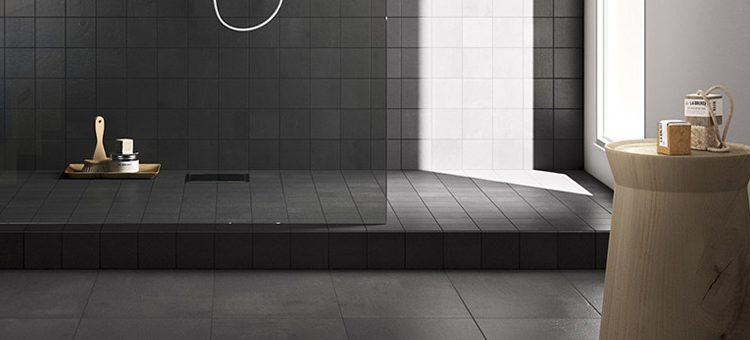 Osez le carrelage noir dans votre salle de bains !