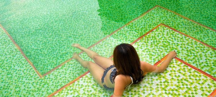 La mosaïque pour embellir votre piscine !