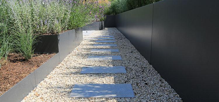 Comment aménager une allée de jardin originale ?