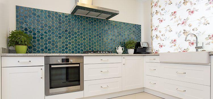 Crédence de cuisine en mosaïque hexagonale