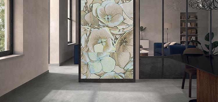 carrelage mural avec des motifs florales mis en valeur dans une cuisine