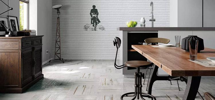 carrelage imitation parquet installé dans la cuisine